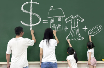 A quick guide in teaching your kids the value of money