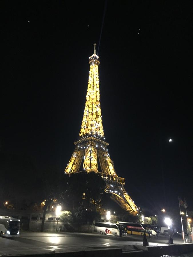 An Evening in Paris#TravelStories
