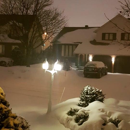 It happened one snowy night #FridayFictioneers